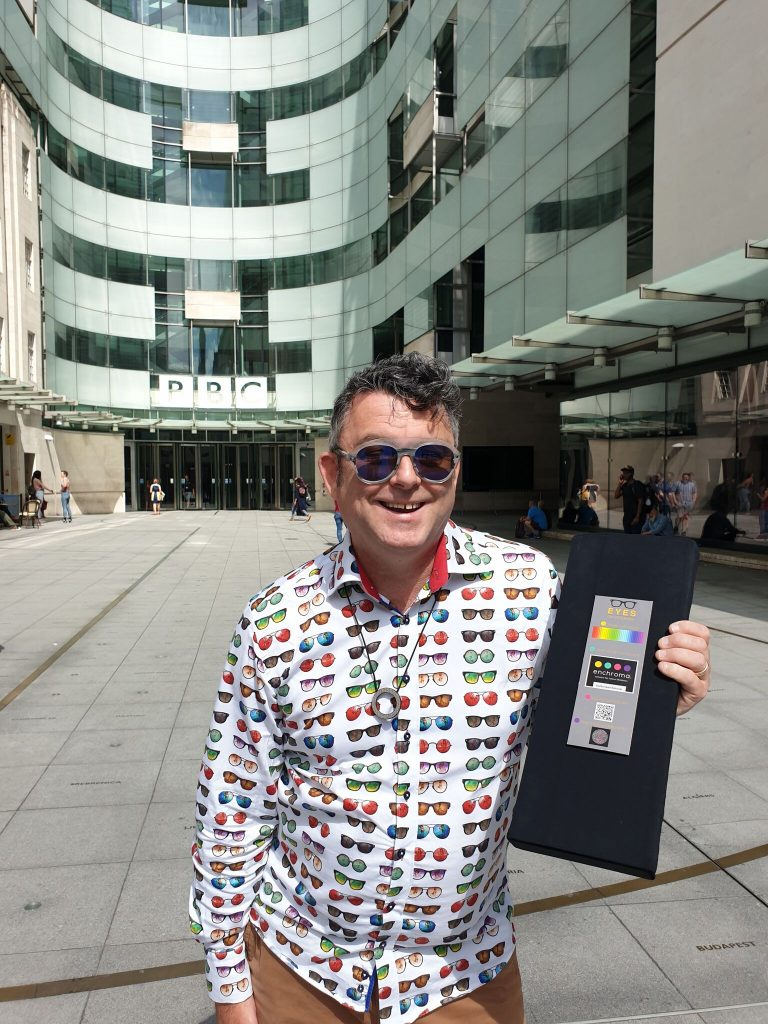 Jez Levy, Eyes on St Albans, Enchroma, colour vision deficiency, colour blindness, glasses for colour blindness, radio 2